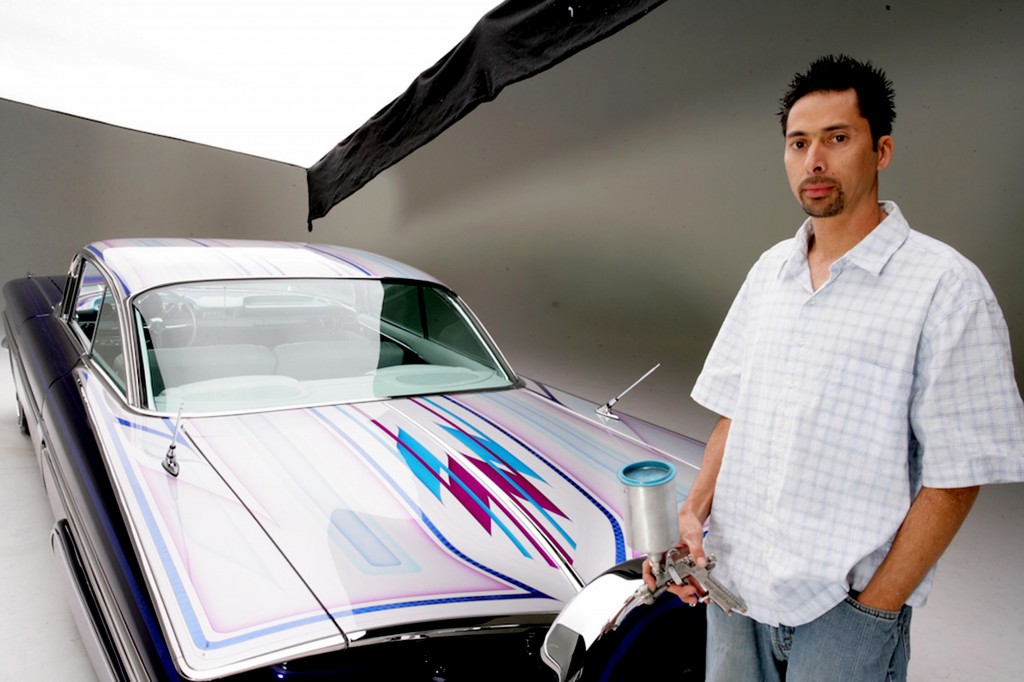 World-class Lowrider Graphics master will teach LOWRIDER GRAPHICS hands-on course at the Las Vegas Airbrush Getaway, Oct 7-10 at the NEW Tropicana Hotel.