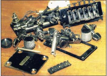 Here are the old parts I scrapped from the guitar.